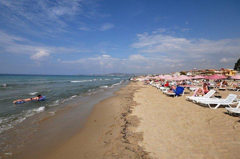 городской пляж кушадасы