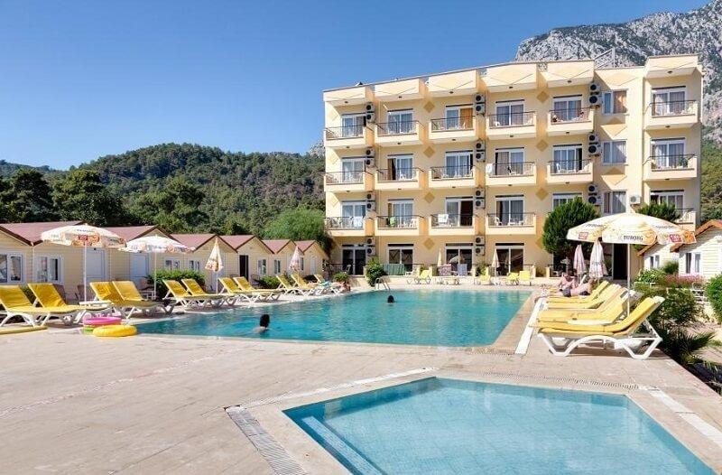 Imeros Hotel 3*