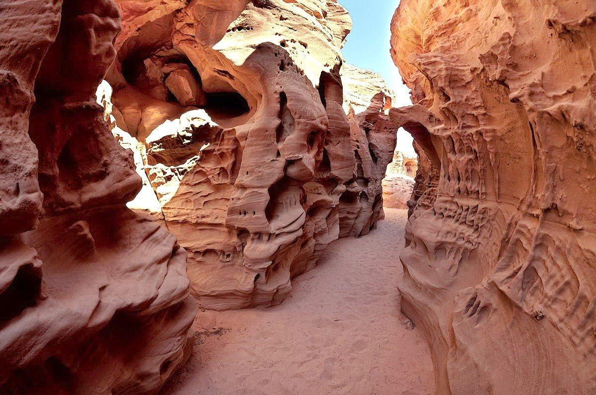 экскурсия на цветной каньон
