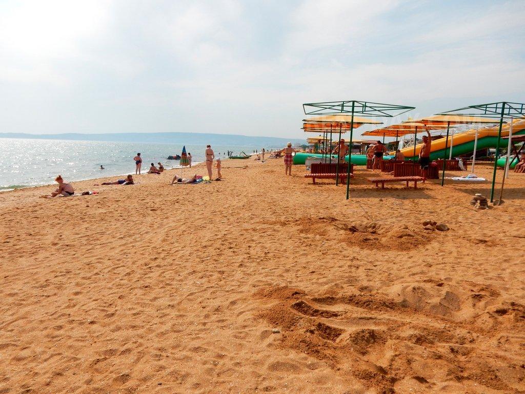 центральный пляж берегового крым