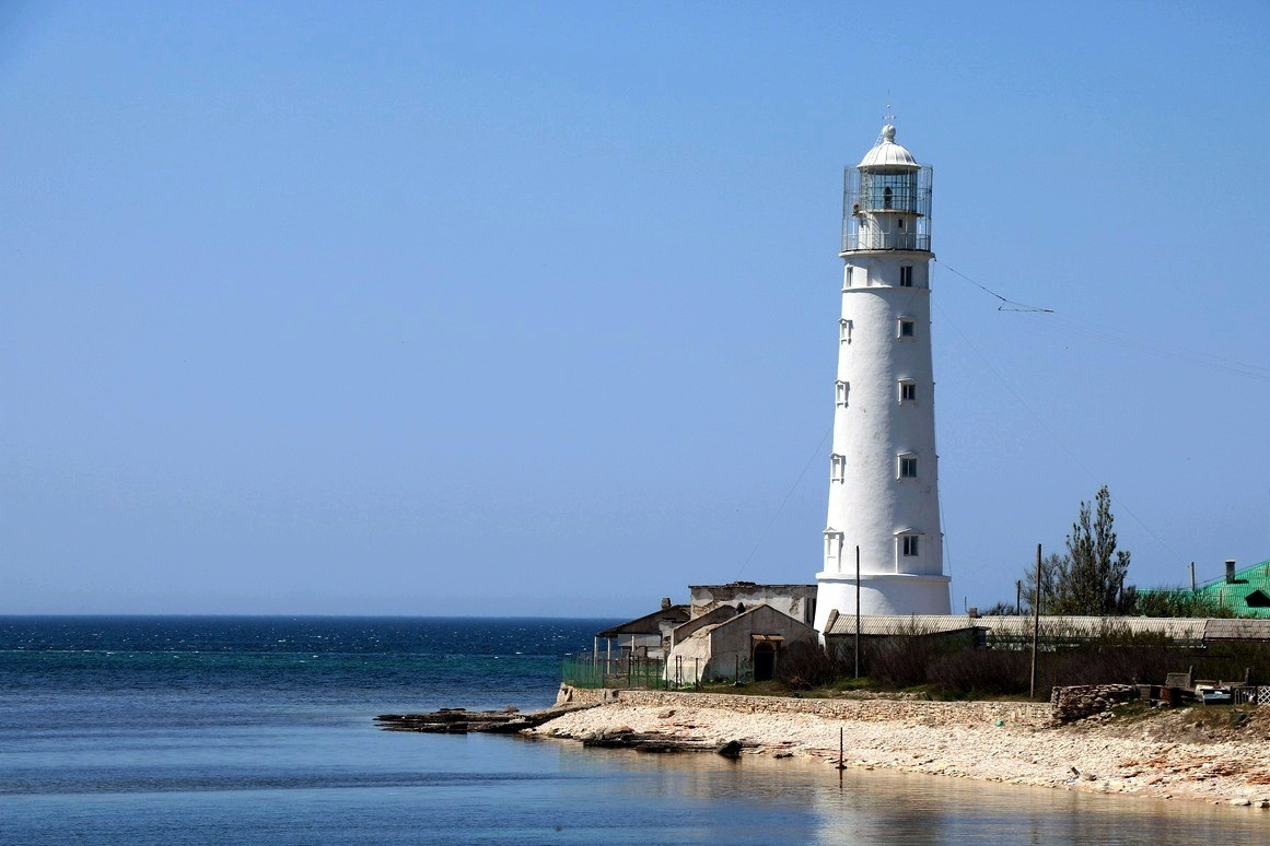 Пляж у Тарханкутского маяка