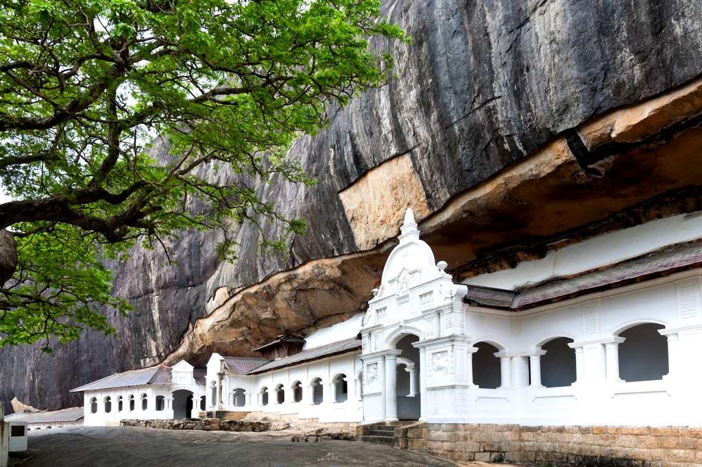 пещерный храм дамбулла шри ланка