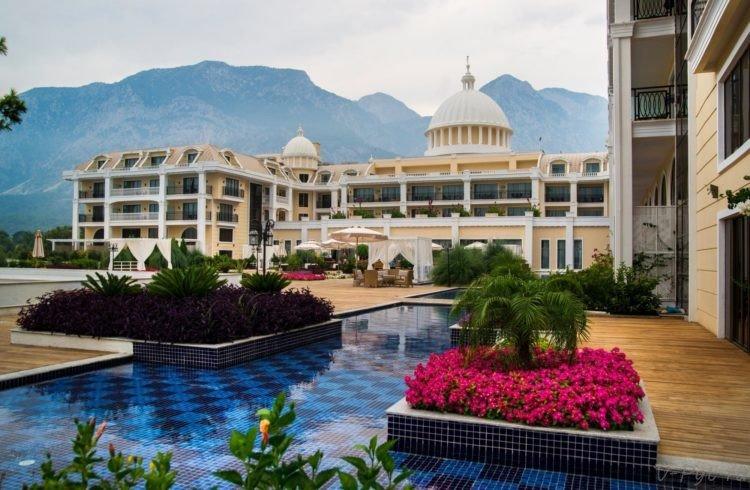 Amara Premier Palace 5* бассейн