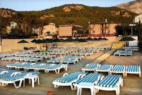 Пляж отеля Белпорт бич турция