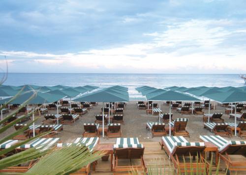 Пляж отеля Akka Antedon Hotel 5*