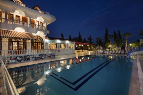Отель Larissa mare beach 4*