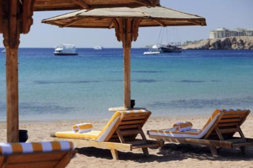 Пляж отеля Sharm El Sheikh Marriott Resort Mountain 5*