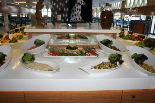 Ресторан отеля Club Hotel belpinar 4*