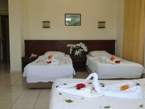 Номер отеля Imeros Hotel 3*