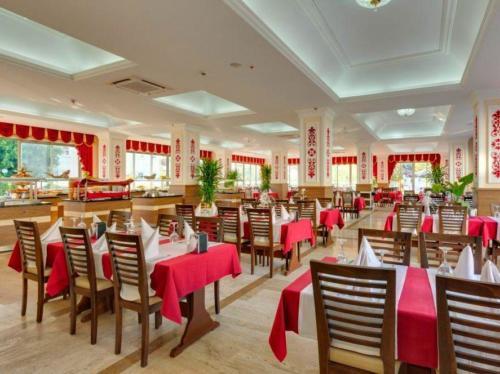 Ресторан отеля Grand Miramor Hotel 4*
