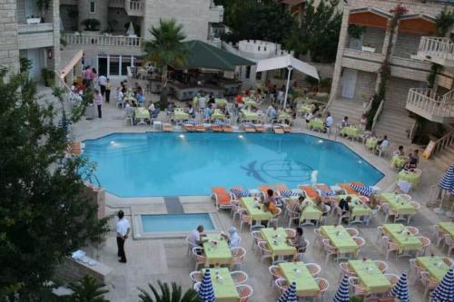 Бассейн отеля Havana Kemer 4*