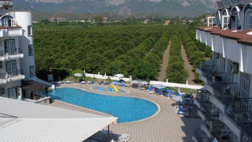 Ares Blue Hotel 4*