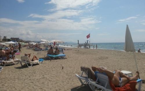 Артемис Принцесс хотел пляж