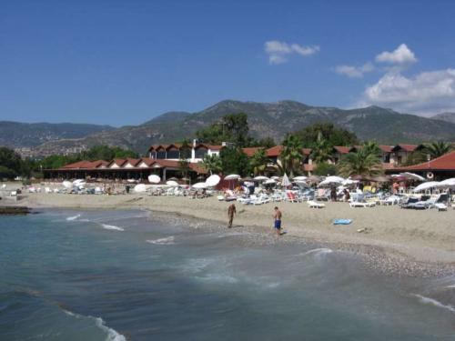 Банана отель 4 пляж