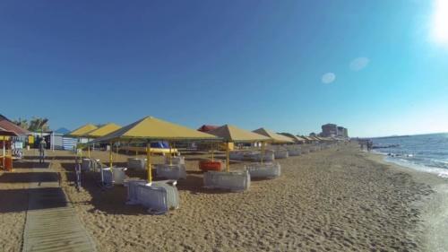 Пляж берегового крым