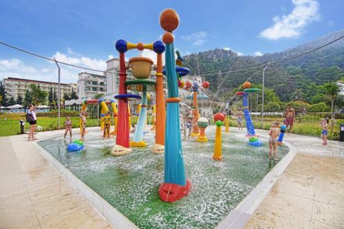Детский бассейн отеля Dosinia Luxury Resort 5*