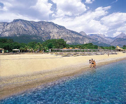 Champion Holiday Village пляж