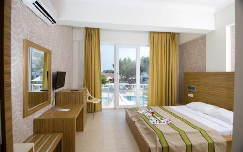 Номер отеля Club Marakesh Beach Hotel