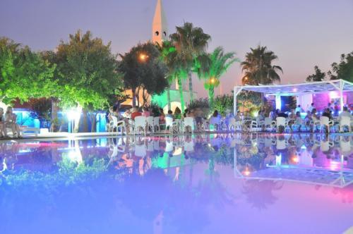 Club Sea Time бассейн