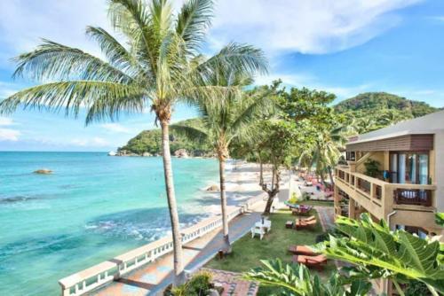 Crystal Bay Beach Resort пляж