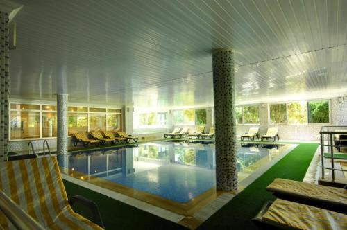 Dinler Hotel 5* крытый бассейн