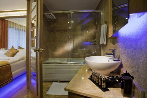 Отель Гранада Лакшери 5* ванна