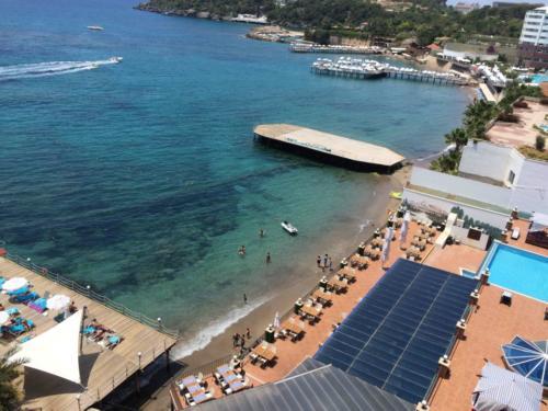 Отель Гранада Лакшери 5* пляж