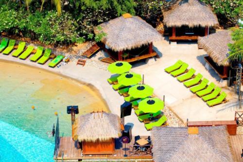 Hard Rock Pattaya Hotel пляж
