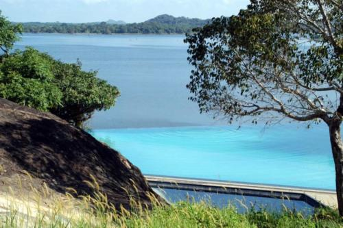 Heritance Kandalama вид на озеро