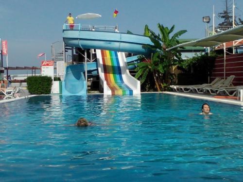 Бассейн отеля Armas Beach Hotel 4*