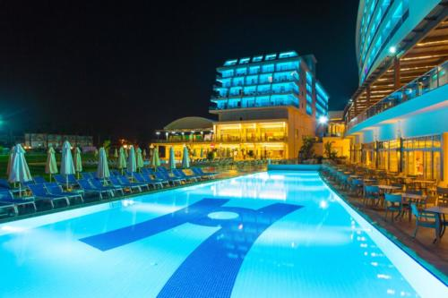 Kahya Resort Aqua бассейн