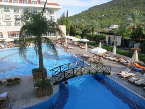 Meder Resort 5*