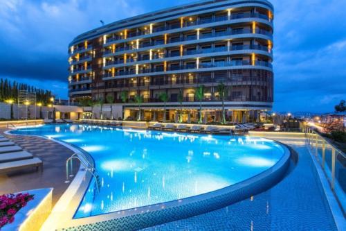 Мишель отель 5* бассейн