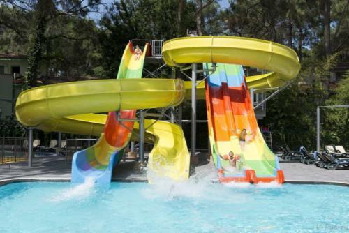Otium Hotel Life 5* аквапарк