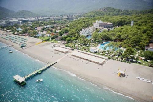 Otium Hotel Life 5* пляж