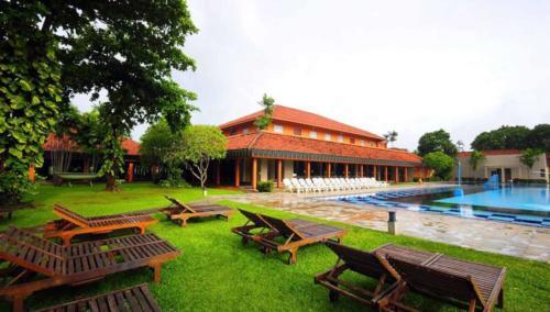 отель Club Palm Bay