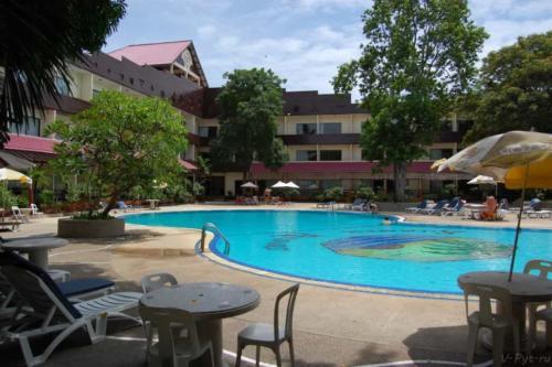 Паттайя Гарден отель бассейн