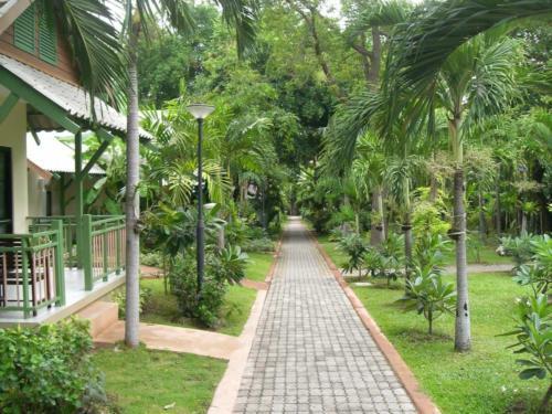 Pattaya Garden Hotel территория