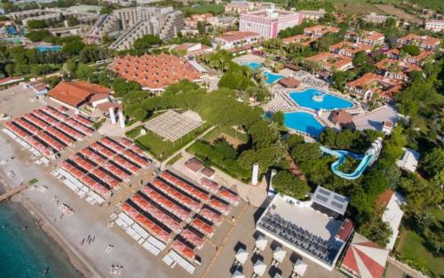 Pgs Kiris Resort территория