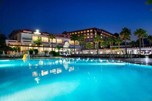 Pgs Kiris Resort бассейн