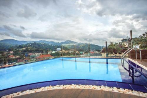 Sevana City Hotel kandy бассейн