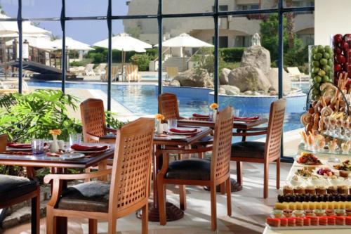 Ресторан отеля Sharm El Sheikh Marriott Resort Mountain 5*