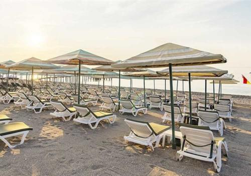 Simena Hotel пляж