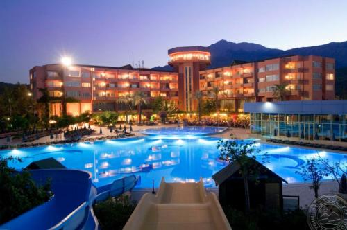 Simena Hotel бассейн ночью