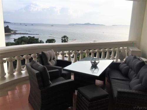 Балкон отеля кондо Скай Бич Паттайя