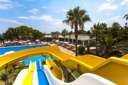 Гарден Бич Отель 5* аквапарк