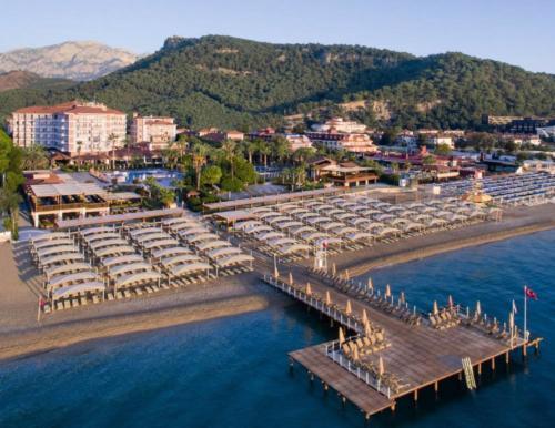 Пляж отеля Akka Alinda 5*